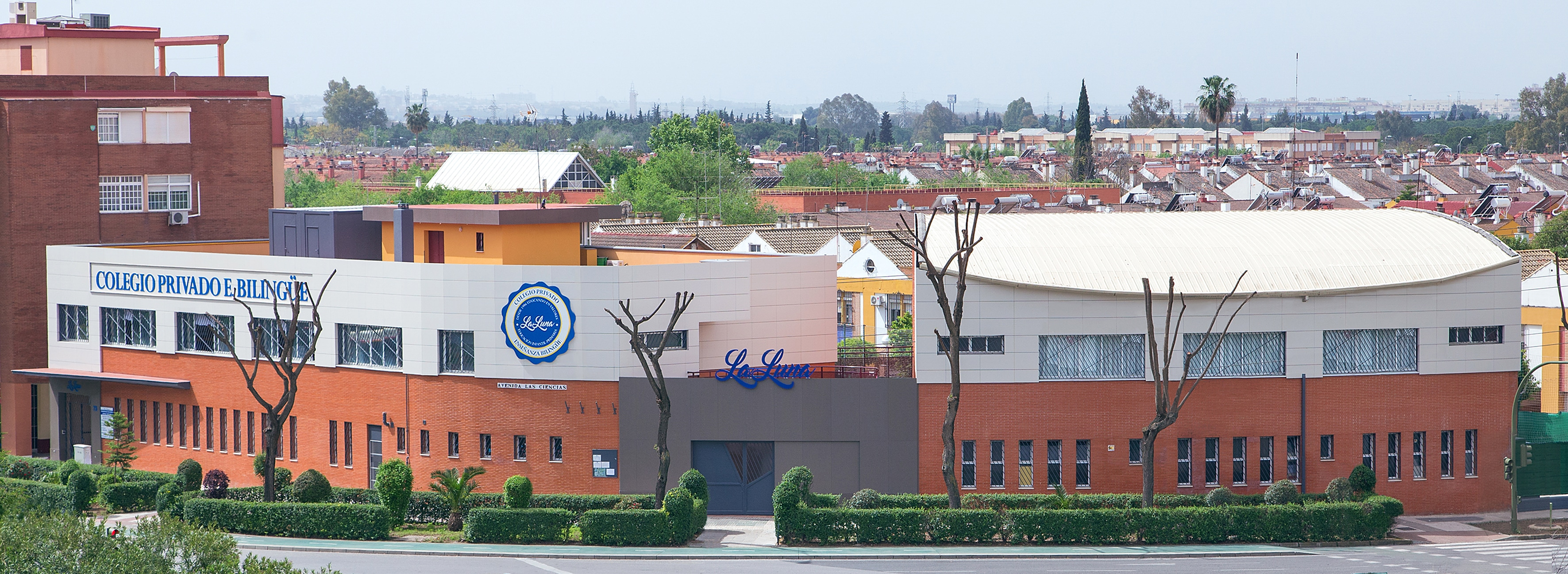 Colegio Privado, La Luna Sevilla