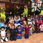 Foto dia del Carnaval, Profesores y alumnos