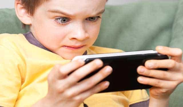 Evitar videojuegos violentos para nuestros hijos
