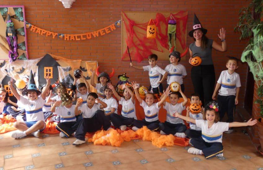 Día de Halloween, Pequeños estudiantes