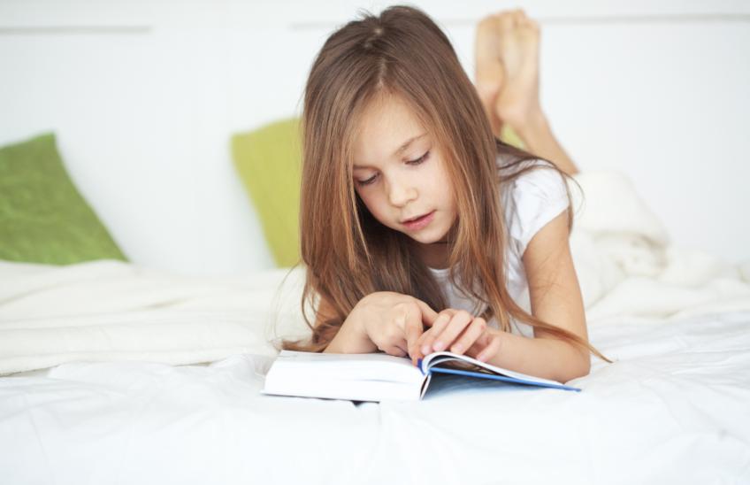 Lectura-niños-verano-Colegio-La-Luna